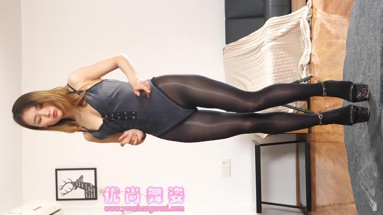 Sexy Dance 叮叮 黑色絲襪+黑色連體衣  性感美女嫵媚多姿熱舞