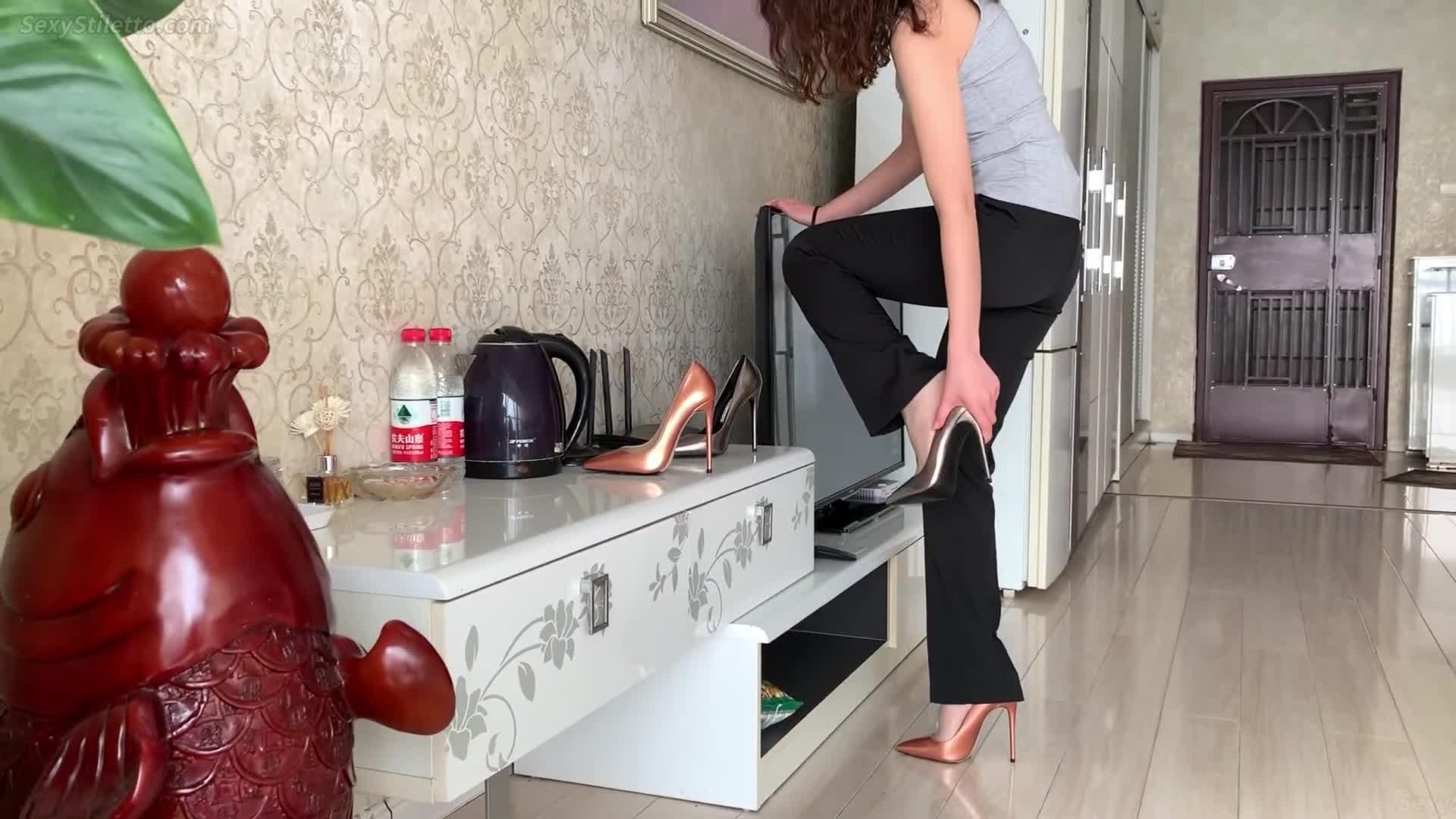 Sexy High Heels   Sexy Stiletto   Women in Heels   Women in Pantyhose   Part 103