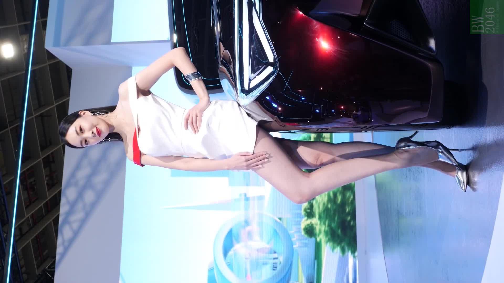 世界新車大展 - 台北車展 | Taipei Auto Show 2020 - 車模 #19 張敏紅 Min Hong Chang @ Toyota (Mobile Version)